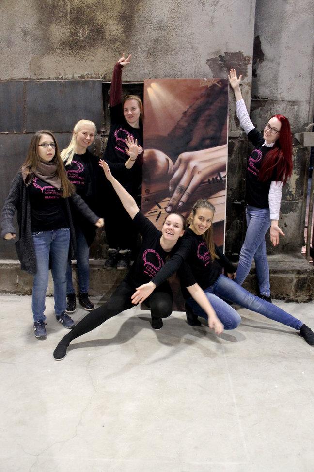 Tallinna noortenädala vabatahtlikud. Foto autor Tanita tammeri