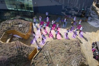 Vinge droonivideo tudengipäevadel toimunud katusejoogast