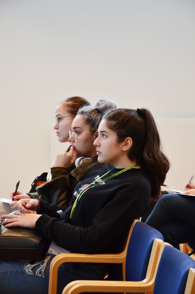Pildil UBC noortelkonverentsi noored. Foto UBC erakogu