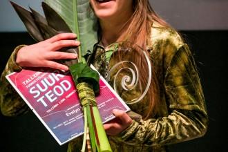 Evelyn Kapp Tallinna noorsootöö tunnustuskonkursi auhinnagalal detsembris 2017.  Foto autor Harry Tiits
