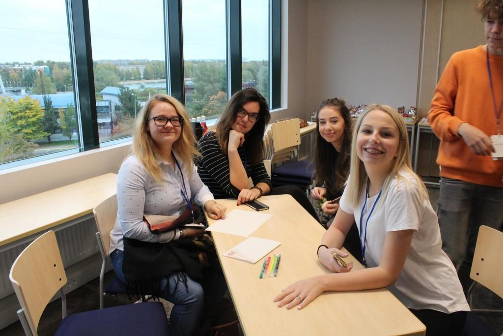Osaluskogu noored Eesti Noorteühenduste Liidu sügisseminaril 2017. Foto: Foto: Jessica Järvelt