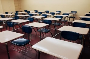 chairs-classroom-college-desks-289740